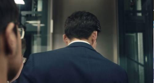 エレベーターを降ります。