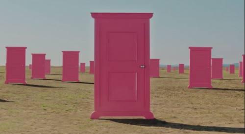 その扉がどこにつながるのか