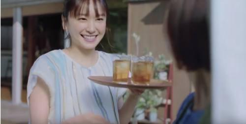 十六茶のCM5